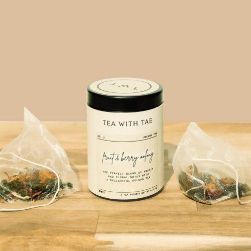 Fruit-&-Berry-Oolong-Tea